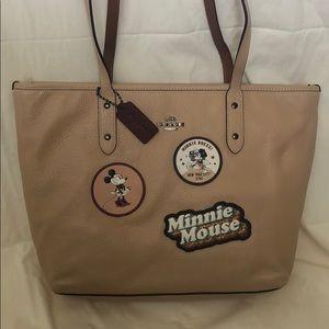 Coach Minnie Mouse tote set